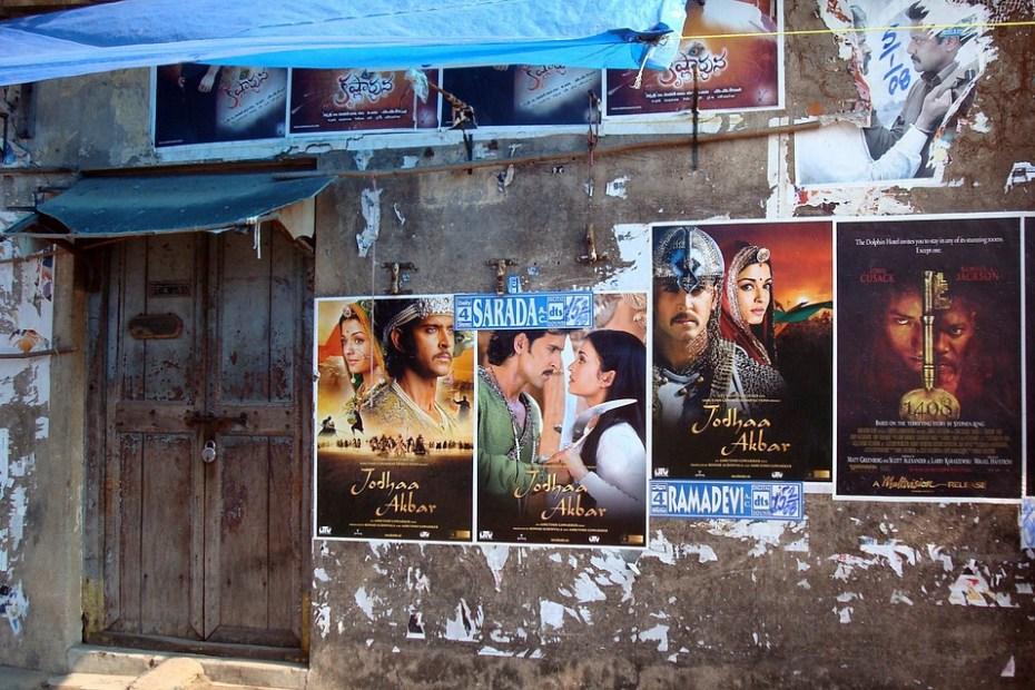 first multiplex in kashmir, kashmir first multiplex, Three decades after terrorism shut down cinemas, Kashmir to get first multiplex In 1989, there were 19 theaters in Kashmir, Nine of them were in the city of Srinagar