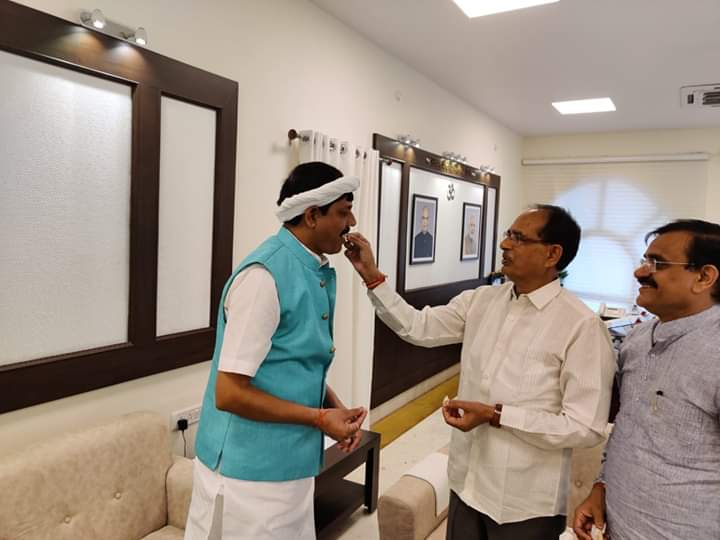मध्य प्रदेश: कांग्रेस विधायक प्रद्युम्न सिंह लोधी बीजेपी में शामिल
