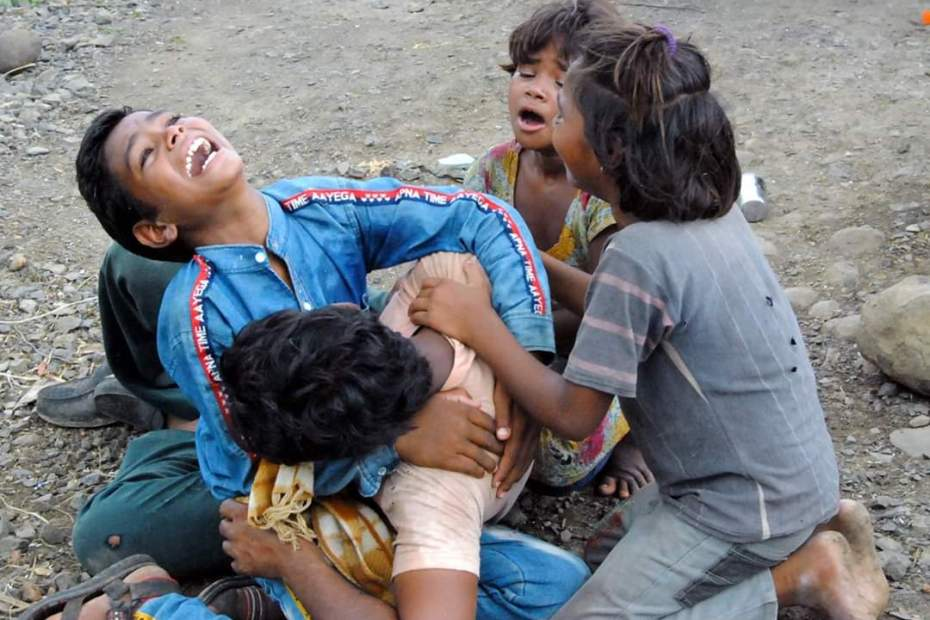 "Madhya Pradesh Guna Dalit family farmer ""No Option But To Kill Self"": Land Seized, Farmer Couple Drinks Pesticide"
