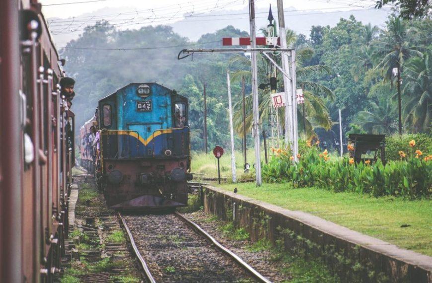 भारतीय रेल: कब दोबारा पटरी पर लौटेंगी नियमित ट्रेनें?