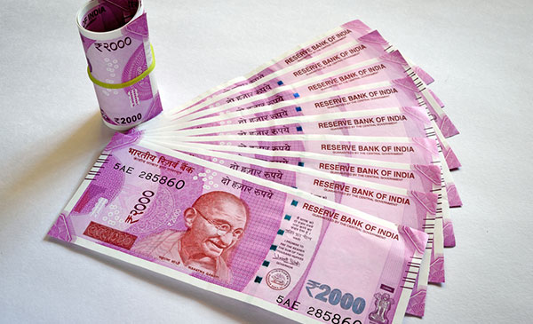 2000 रुपए के नोट की छपाई जारी रहेगी