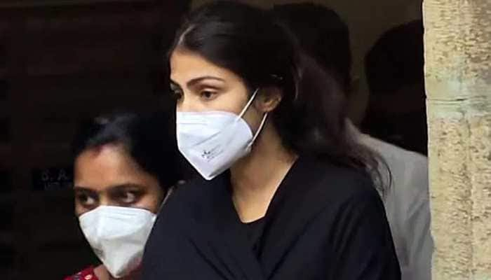 sushant's sister tweeted after rhea chakraborty got bail
