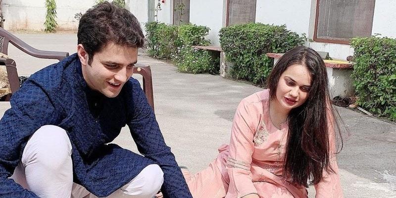 IAS Tina Dabi, Athar Amir