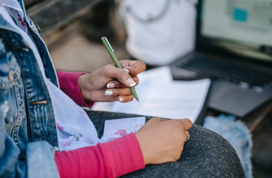 UP Board exam 2021: कब और कैसे होंगी हाईस्कूल-इंटरमीडिएट परीक्षाएं