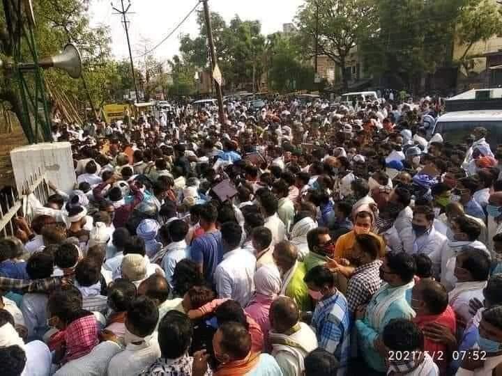 UP Panchayat elelctions no social distancing
