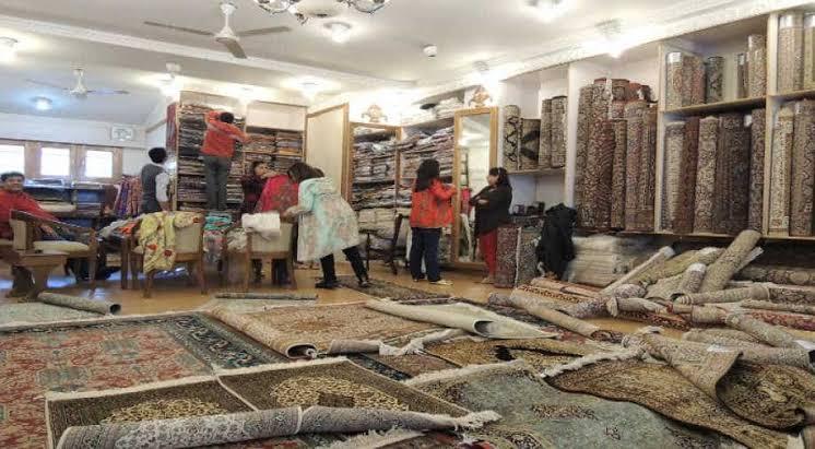 Sigh fills Kashmir's carpet industry