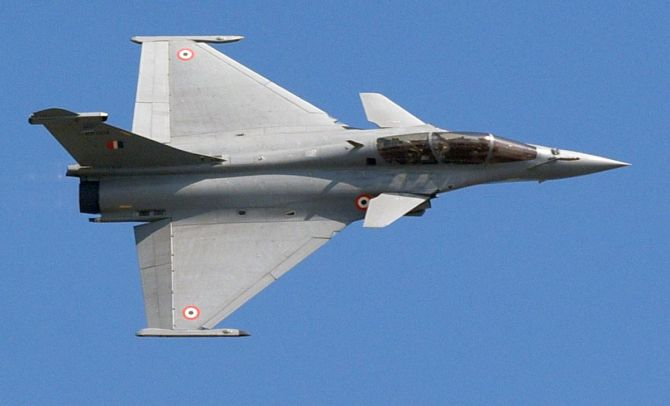 Why France is investigating Rafale deal?