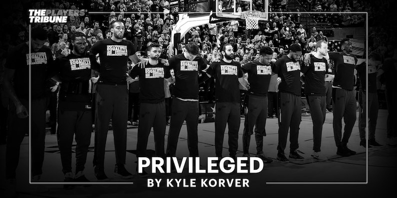 privileged Kyle korver black lives matter privilège blanc racisme NBA grounds