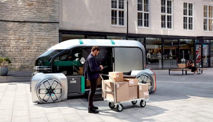 Renault EZ-PRO Concept-Car 2018 en una situación durante un servicio de entrega
