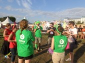 Bénévoles à la rencontre des festivaliers à Rock en Seine