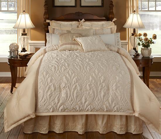 Four Piece Veratex Comforter Sets
