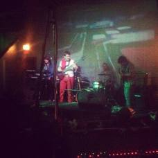 Dig met on GroupTones.com, and now are playing shows throughout Boston!