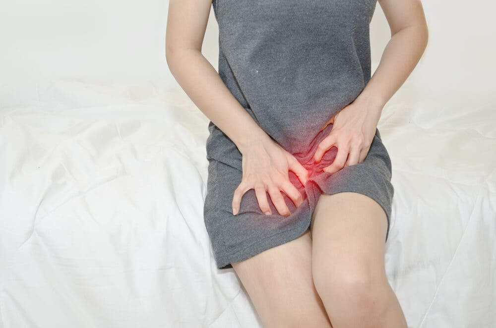 6 signs of a vaginal yeast infection in women