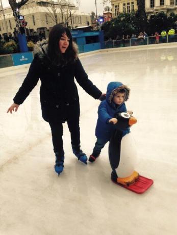 Ice skating Mamma