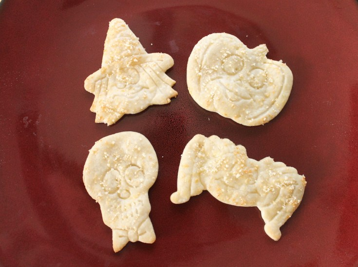 Cute, Easy and Cheesy Halloween Snacks to Make With Your Kids