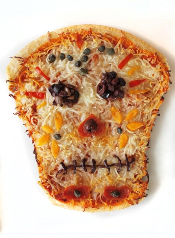 skull pizza halloween Dia de los muertos food art
