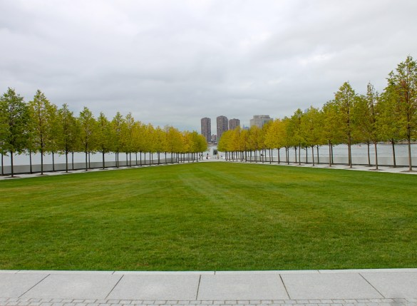 Four Freedoms Park view towards Roosevelt bust.