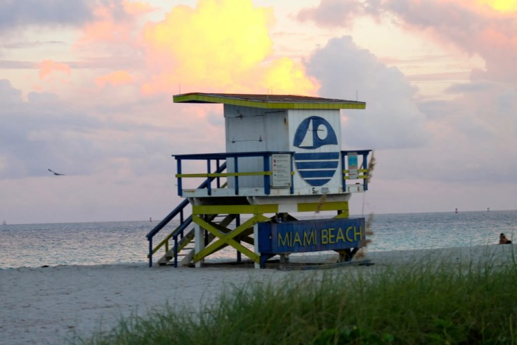 Miami-Beach-lifeguard-towers