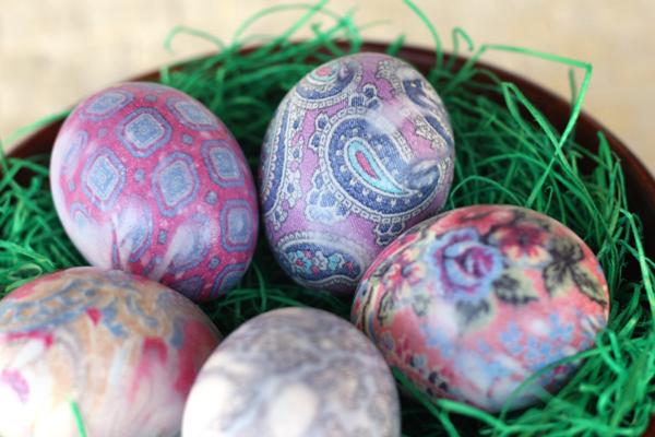 Silk tie die Easter eggs