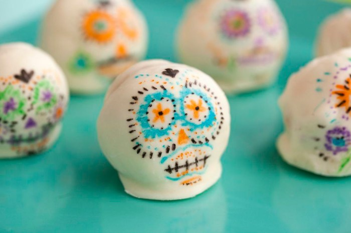 Cake Pop Sugar Skulls Day of the Dead Recipe