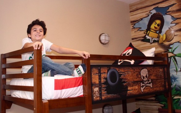 Pirate room Legoland hotel