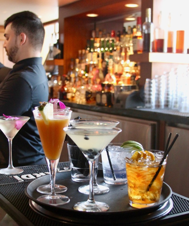 Cocktails at Prohibition at the Foshay