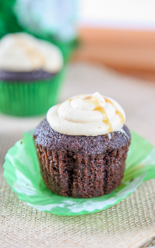 Guinness Cupcakes with Baileys Buttercream and more delicious St Patricks day desserts