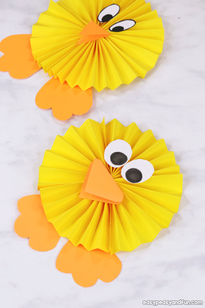 Paper Rosette Chick and other fun and easy Easter crafts for kids