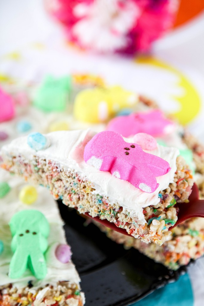 Peeps Pizza and other cute and delicious Easter desserts that are perfect for an Easter party!