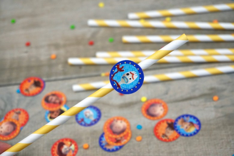 simple and affordable toy story party decorations