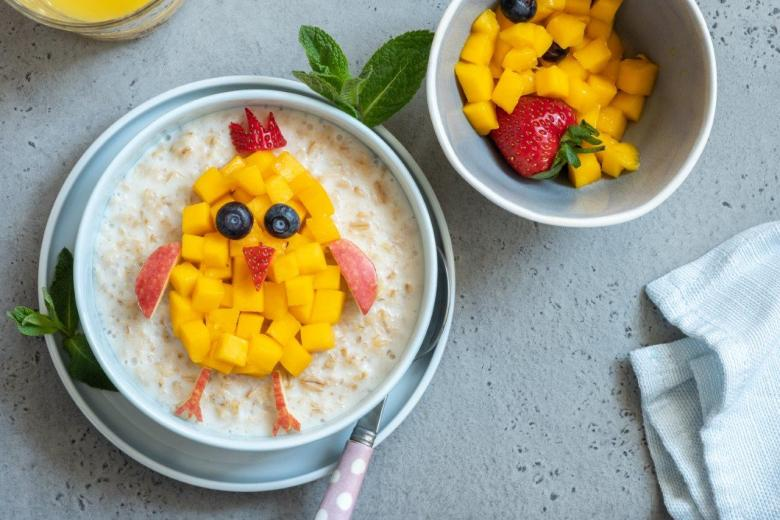 Easter breakfast chick oatmeal