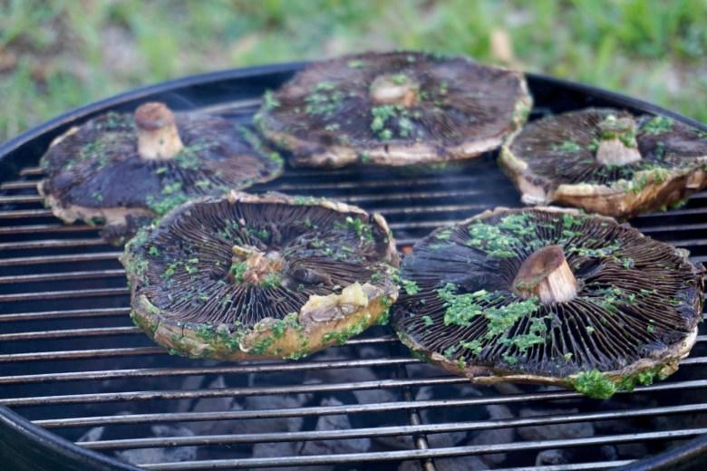 How to grill portobello mushrooms