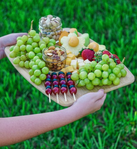 fruit and cheese board for picnics