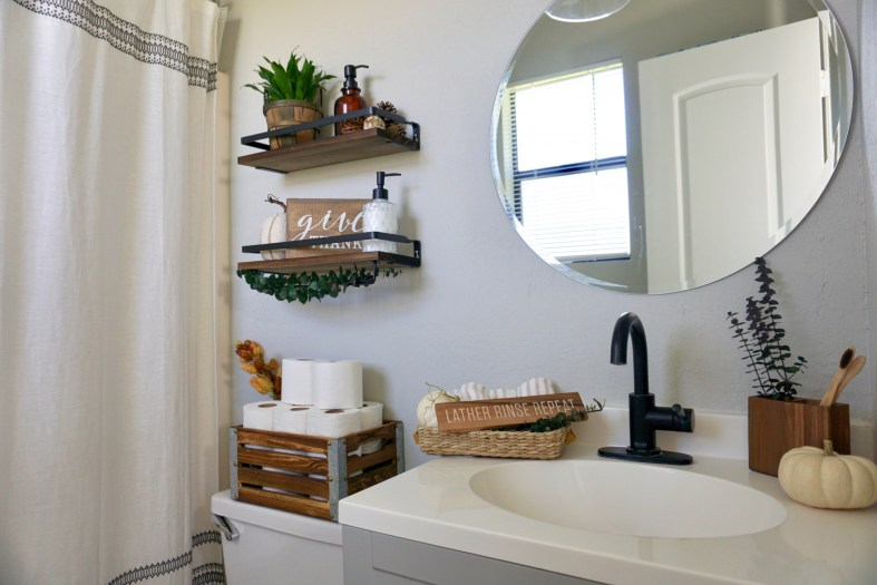 Organization Tips for Small Bathrooms