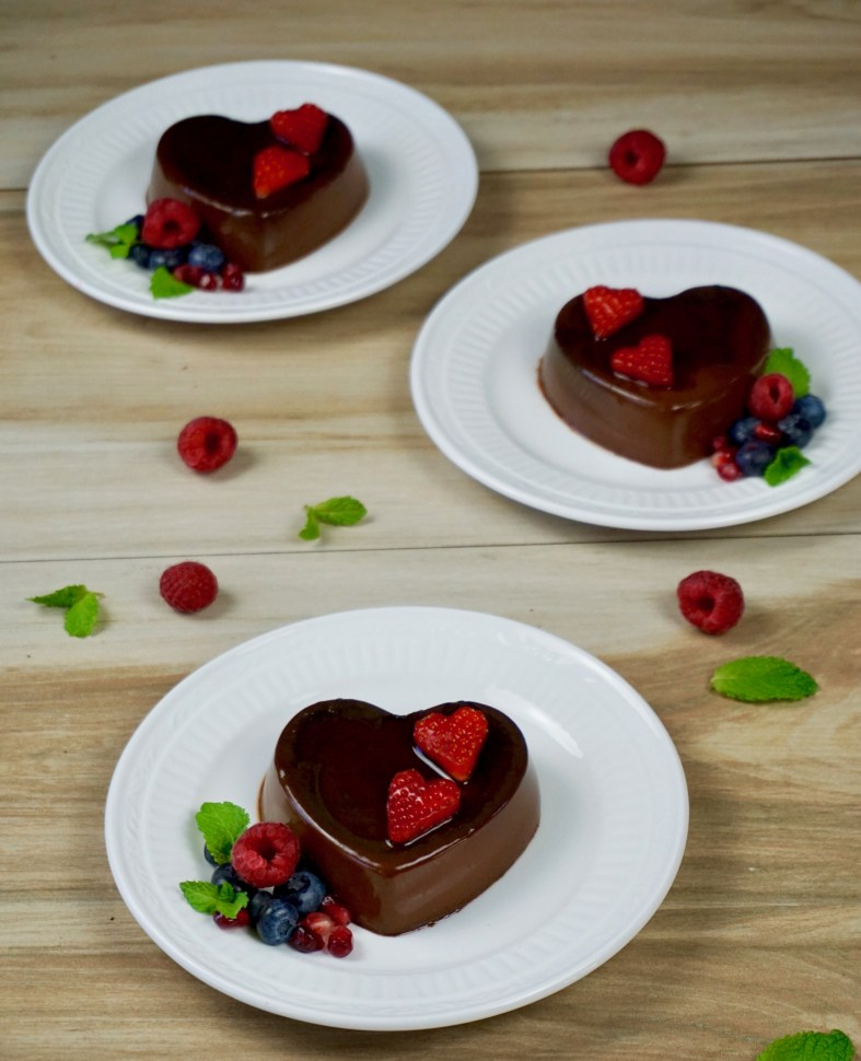 Heart shaped chocolate flan with nutella Valentine's dessert