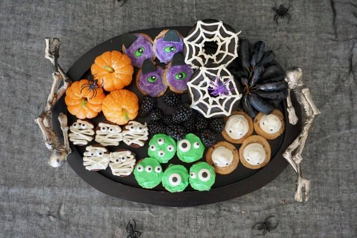 easy Halloween dessert board for kids