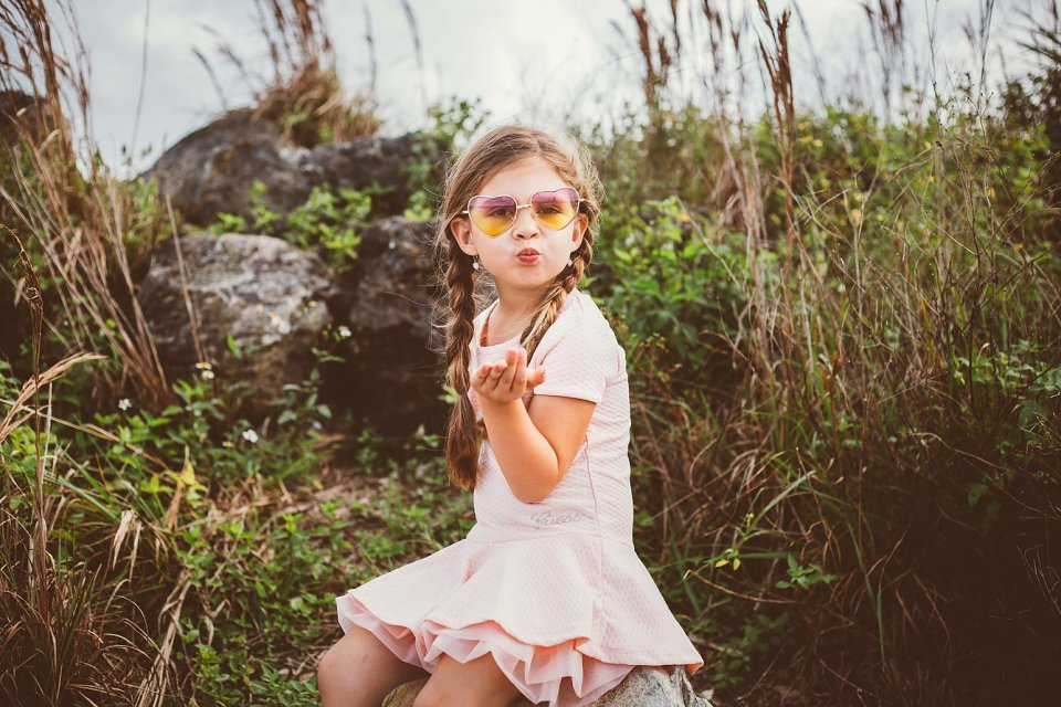growing up glad, metamorphosis, growing up, shy kids, kids confidence, mom blog, mommy blog, fashion blog, parenting blog, girl power, inspiration, motivation, 2016