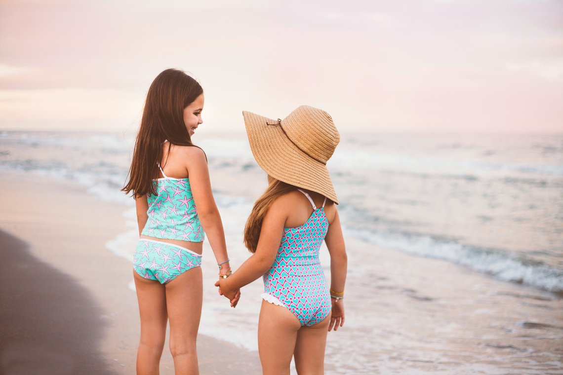 growing up glad, kids confidence, kids swimwear, mom blog, mommy blog, fashion blog, parenting blog, girl power, inspiration, motivation, 2015