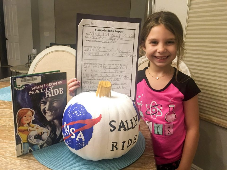STEM girls fashion style, STEM, girls in STEM, girls in science, Sally Ride, Growing Up Glad, NASA, Pumpkin, NASA helmet pumpkin, female scientist, astronaut, female astronaut, empowering women, girl power, inspiring women, mom blogger, best, 2018, girls fashion, parenting blog, family blog, mommy blogger,
