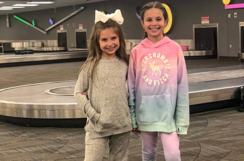 growing up glad, abercrombie kids, evernote, packing, holiday travel, family travel, travel with kids, travel blogger, family trips, family vacation, mom blogger, 2018, best, top, life hack, organization tip, youtube kids, youtube kids channel, youtube channel, youtube video, family blog, tween fashion, girls fashion, travel tips, parenting tips,