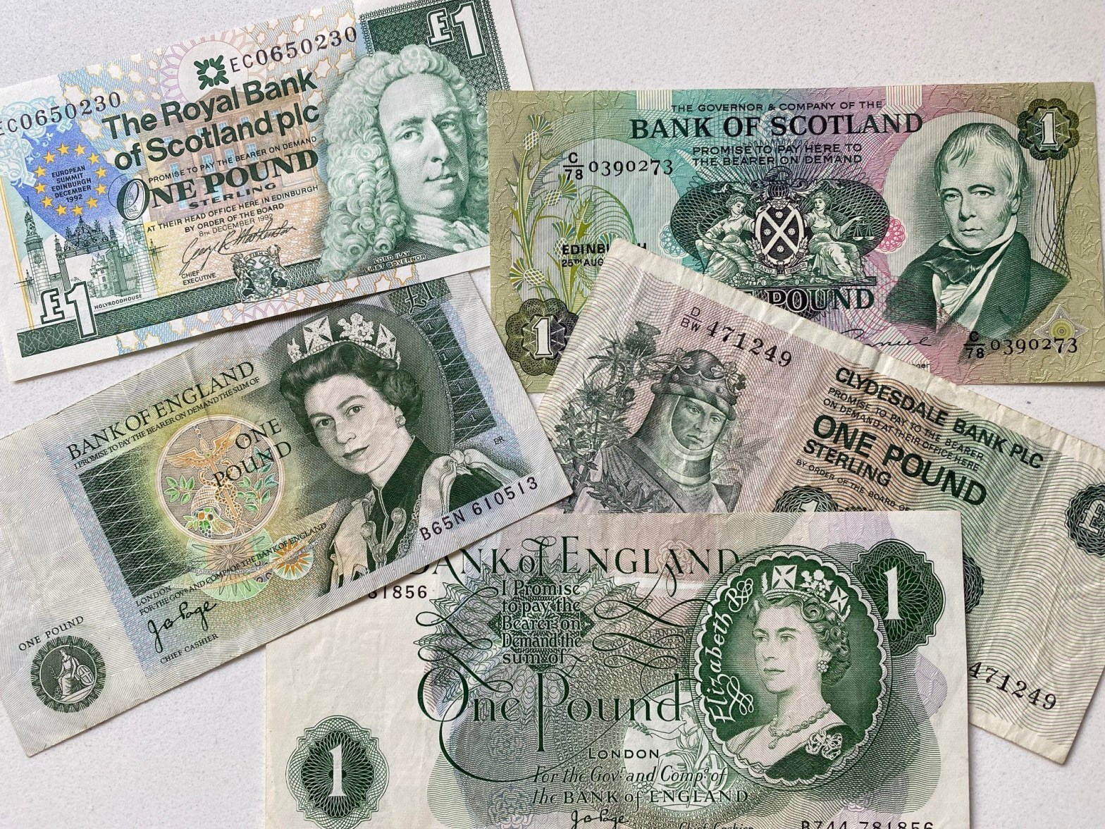 Scottish and English £1 notes are not legal tender