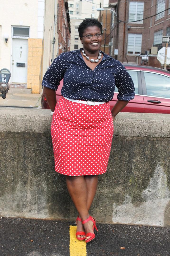 polka dot skirt, pencil skirt, curvy women, curvy women pencil skirts, H&M, color blocking