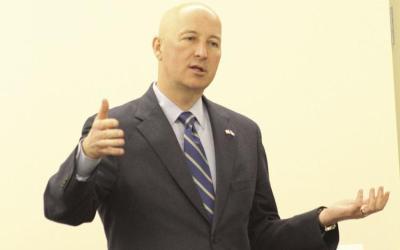 Ricketts Addresses Rotarians & Highlights GROW Nebraska