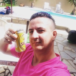 Agente da Polícia Civil, Ricardo Machado. Ainda bem que ele não consome drogas!