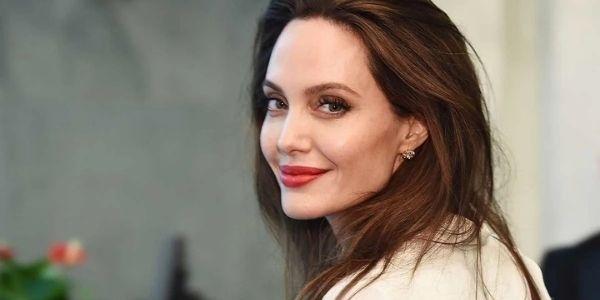 How Tall Is Angelina Jolie