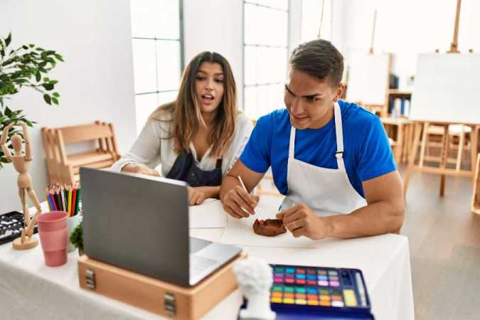 two students taking virtual events art class | 8 Tips to Easily Hosting Online Events for Your B2C Business