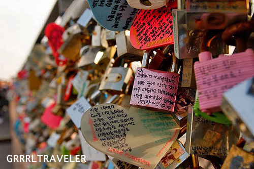 Lockets of Love Seoul , Getting to Namsan Seoul Tower, top attractions in seoul, top places to visit in seoul, locks of love, korea travel tips