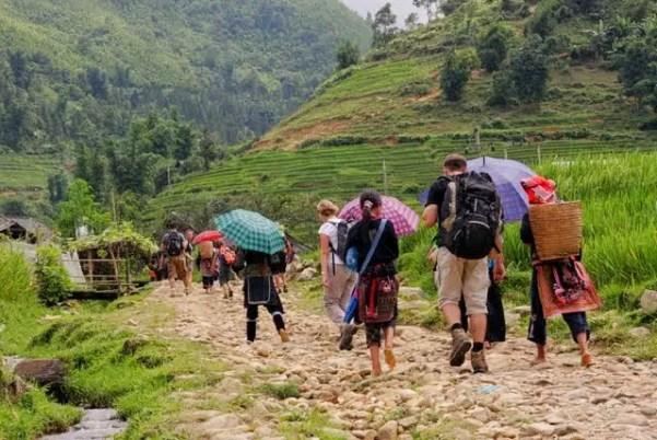 hmong guides, sapa valley trekking, trekking sapa, trekking in vietnam, trekking tours vietnam, sapa homestay, tavaan village homestay, hmong village sapa valley