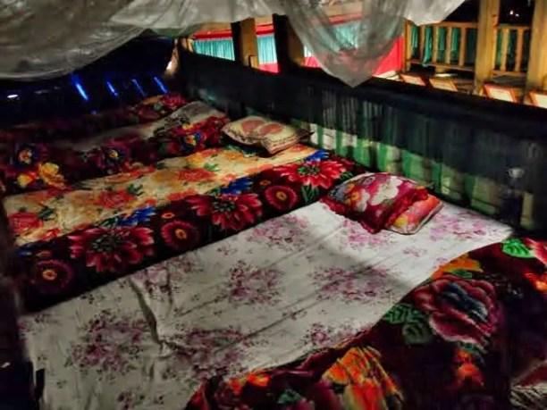 trekking sapa homestay, homestay vietnam, tavaan village homestay bedding, trekking accomodations sapa valley, sapa valley trekking, trekking sapa, trekking in vietnam, trekking tours vietnam, sapa homestay, tavaan village homestay, hmong village sapa valley