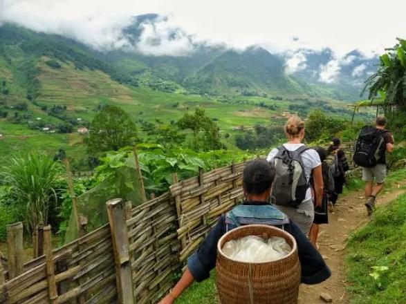 trekking sapa homestay, sapa valley trekking, trekking sapa, trekking in vietnam, trekking tours vietnam, sapa homestay, tavaan village homestay, hmong village sapa valley